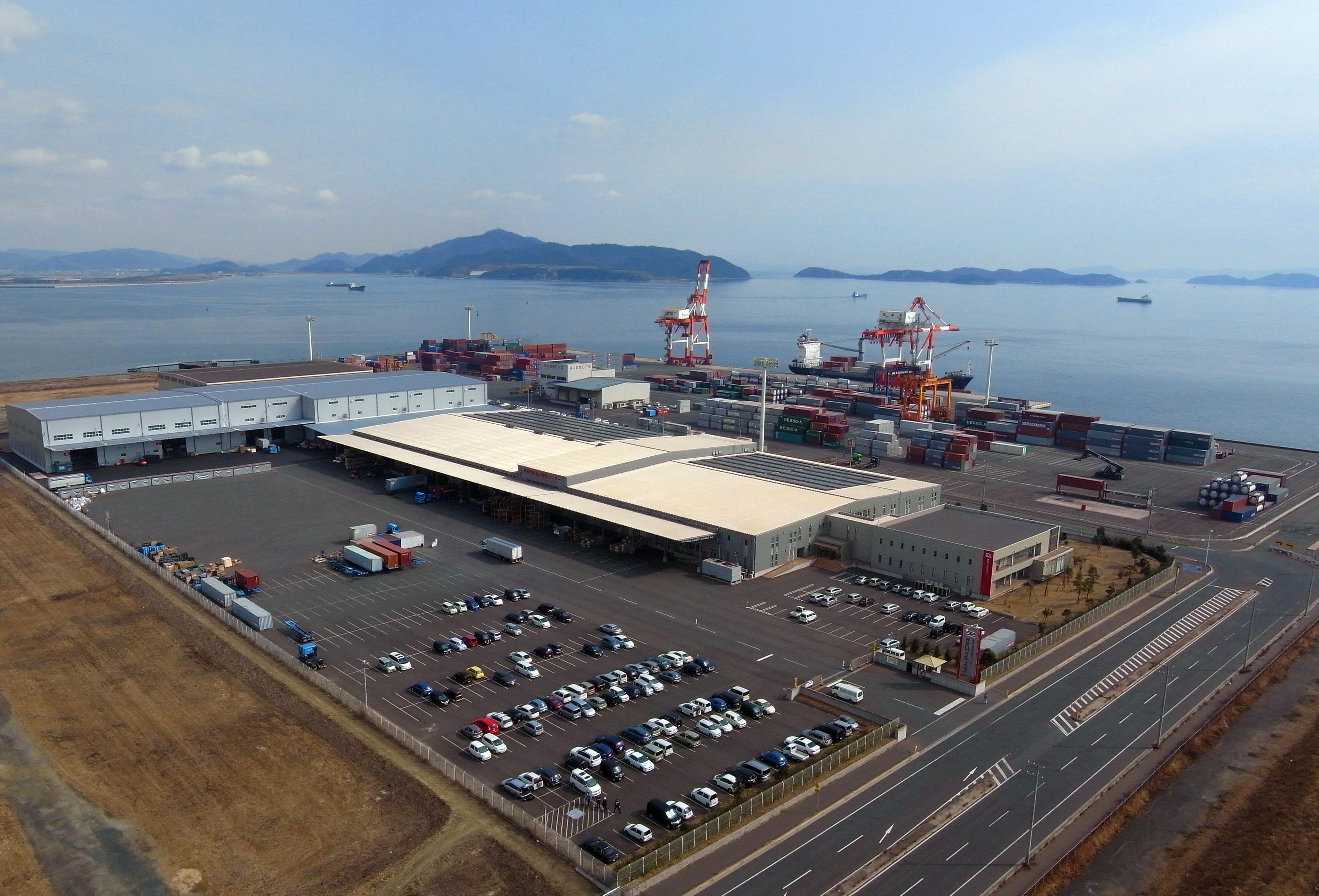 中国・東南アジアと日本国内を結ぶ国際輸送、総合物流サービス業を展開